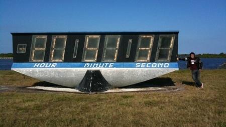 Reloj del Centro Espacial Kennedy