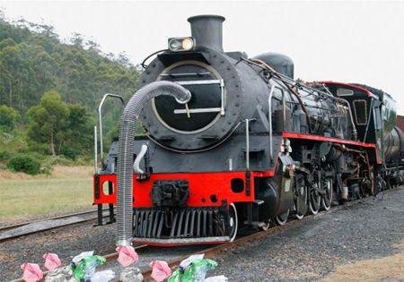 Viejo tren es transformado en aspiradora