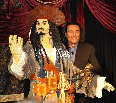 Escultura LEGO de Jack Sparrow