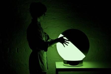 X&Y, una lámpara interactiva