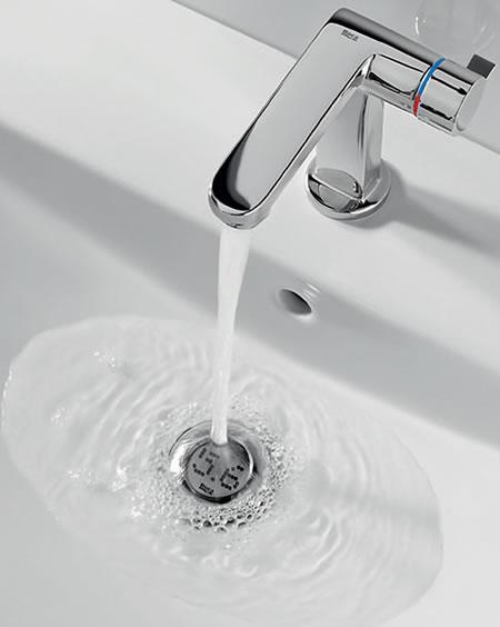 Este nuevo fregadero te informa cuánta agua gastas