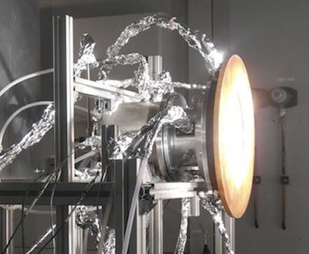Investigadores desarrollan proceso para usar aire, agua y luz solar como combustible