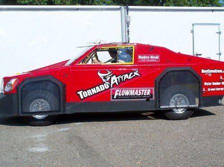 Vehículo antitornados disponible en eBay