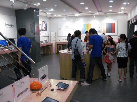 Los chinos no solamente falsifican productos Apple, ahora también falsifican tiendas