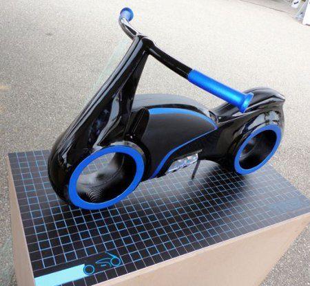 Una scooter inspirada en Tron