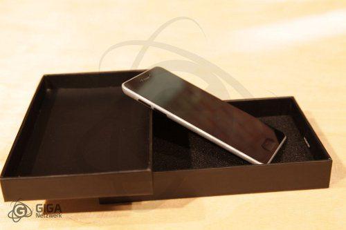 Un fanático construye su propio iPhone 5