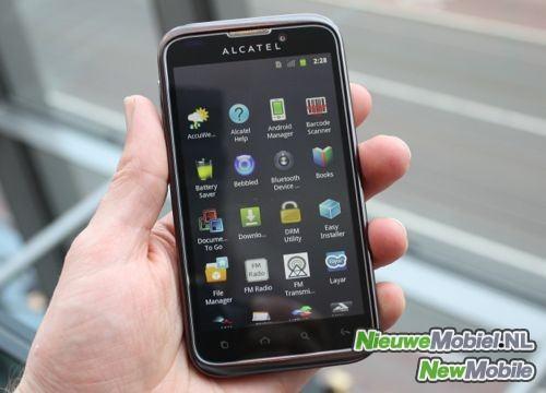 Alcatel One Touch 995, un nuevo smartphone que podría salir a la venta con Android 4.0