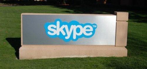 Ya puedes llamar a tus amigos de Facebook a través de Skype