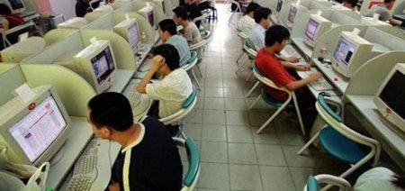 Niño adicto a internet es apuñalado por su madre en China