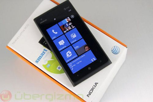 Nokia despedirá a 10.000 empleados para fines de 2013