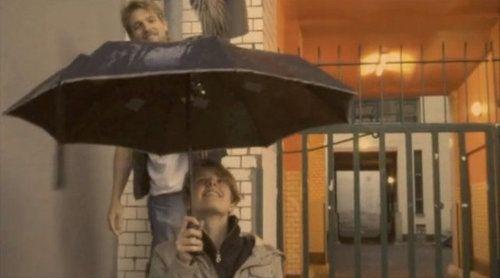 Este paraguas hace música con la lluvia