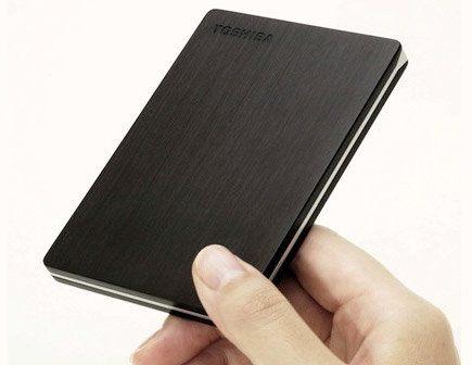 Toshiba presenta el disco duro portátil más delgado del mundo con 500GB de capacidad