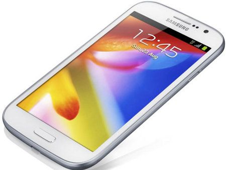 Samsung Galaxy Grand sale a la luz
