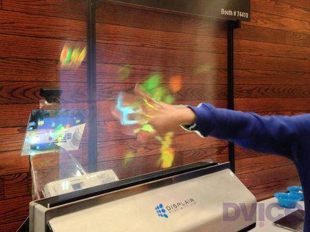 Displair presenta su pantalla de niebla multitouch