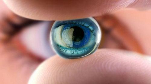 Ahora las personas parcialmente ciegas podrán contar con ojos biónicos