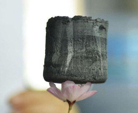 Aerogel de grafeno, el material más liviano del mundo