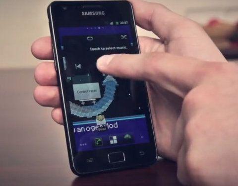 Cambia entre dos versiones de Android simplemente al presionar un botón