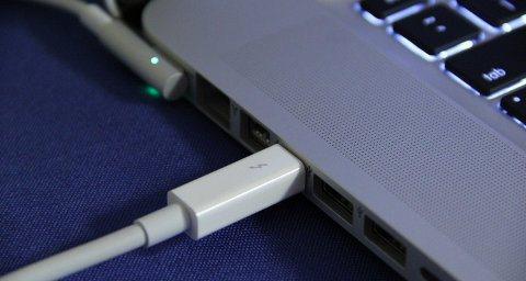 Mejoras para la tecnología Thunderbolt 20 Gbps y soporte para videos 4K