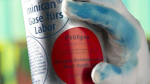 Estos guantes especiales pueden detectar sustancias tóxicas