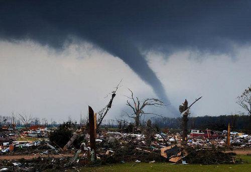 Nuevos drones podrán meterse dentro de los tornados para que podamos entenderlos mejor