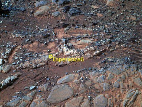 Un robot de la NASA encuentra indicios de agua bebible en Marte