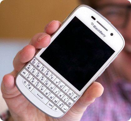 BlackBerry reduce la producción del Q10 y del Z10