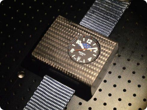 Este es el primer reloj atómico de muñeca