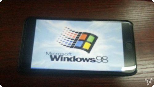Este iPhone 6 Plus corre Windows 98
