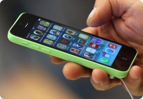 Una niña de 12 años envenena a su madre por haberle quitado su iPhone