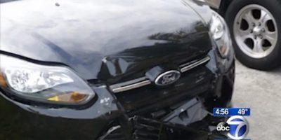 Huyó de un accidente y su automóvil llamó a la policía