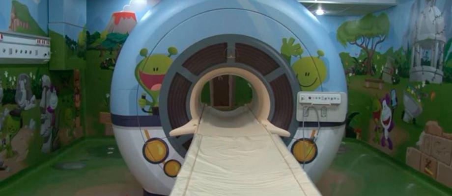 Una nave espacial dentro de un hospital pedi trico annurlife for Puerta nave espacial