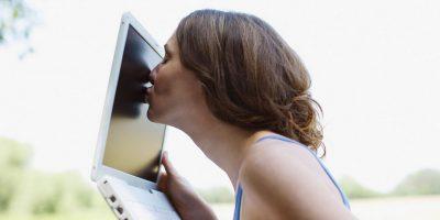Kissenger: un dispositivo capaz de trasmitir besos a distancia