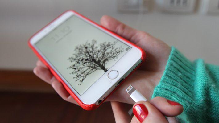 cargar-smartphone-con-aire