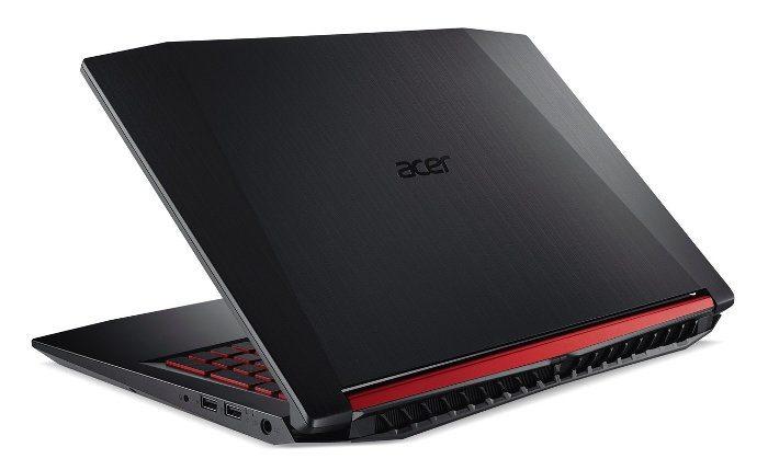 Acer Nitro 5, luce un acabado espectacular con colores gris oscuro y rojo
