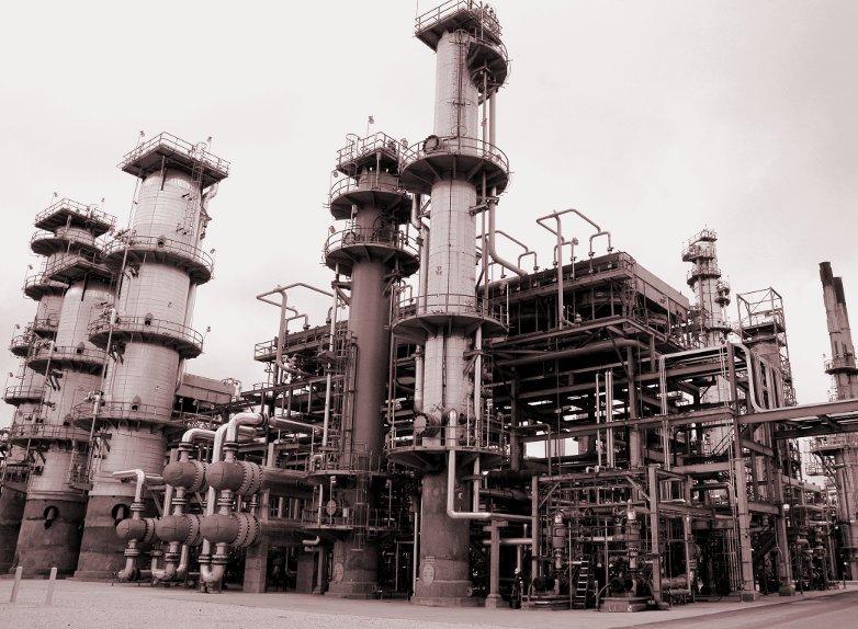 Una refinería de petróleo es un ejemplo perfecto de un tipo de tecnología fija, es decir que nunca cambia.