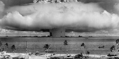 explosión de bomba nuclear