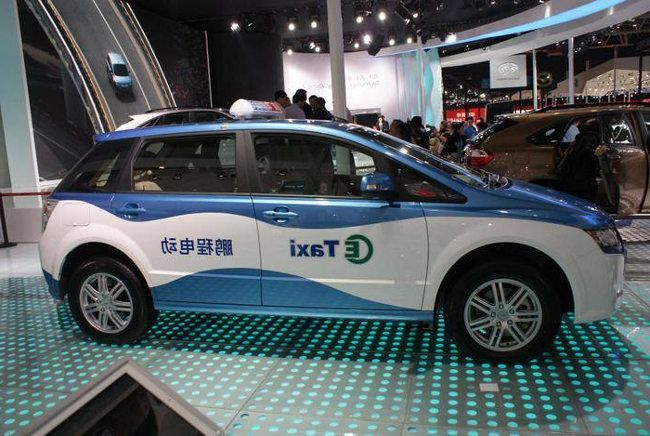 taxi electrico chino