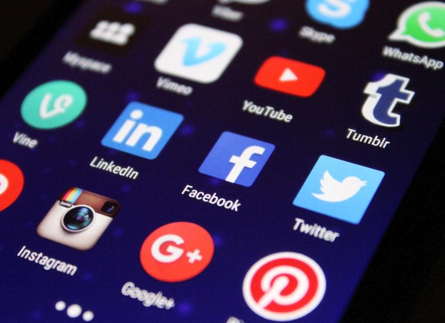 Hacer dinero con las redes sociales